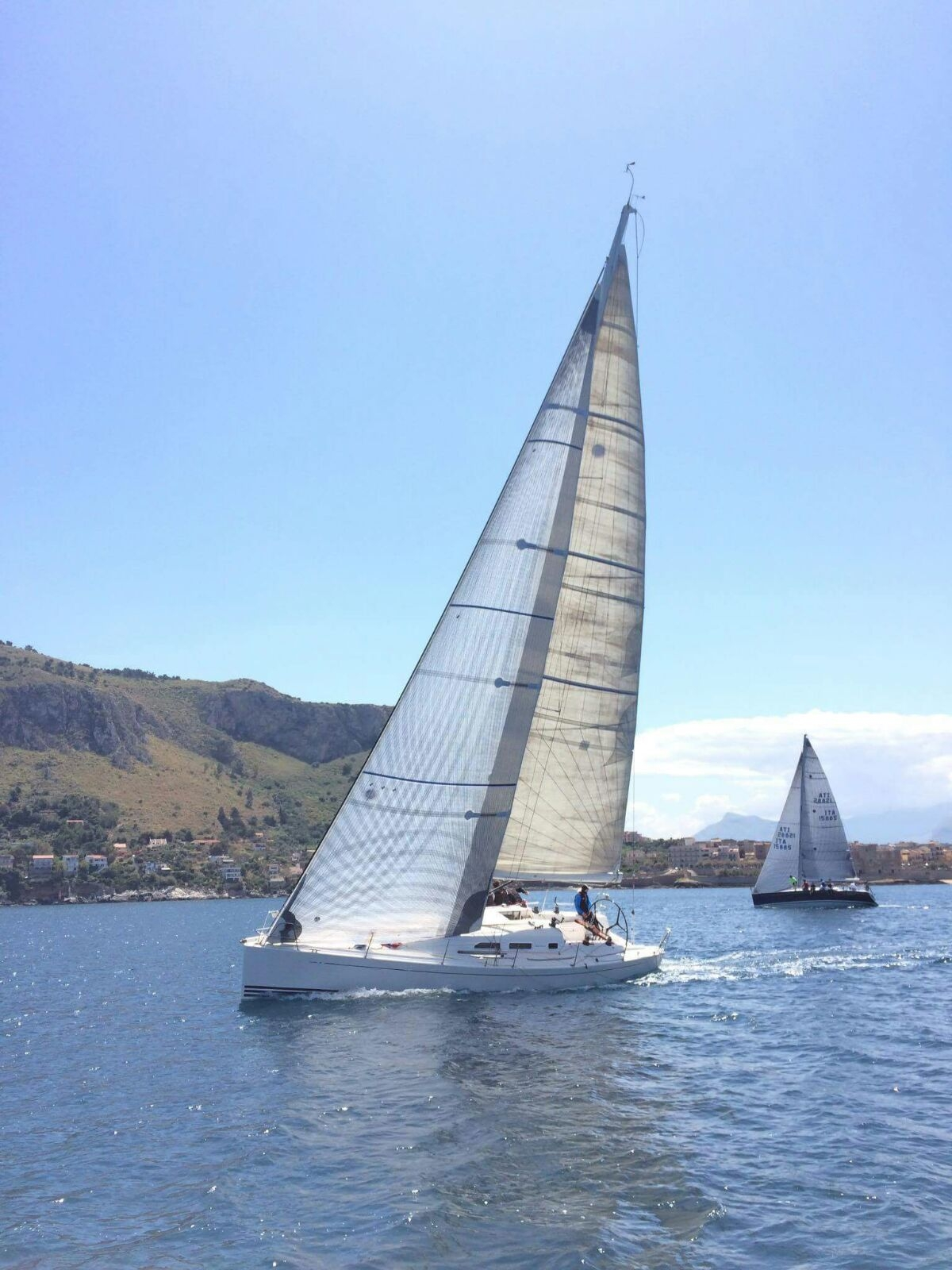 Vela, campionato italiano offshore: da venerdì 1 a domenica 3 torna la Regata dei 5 fari